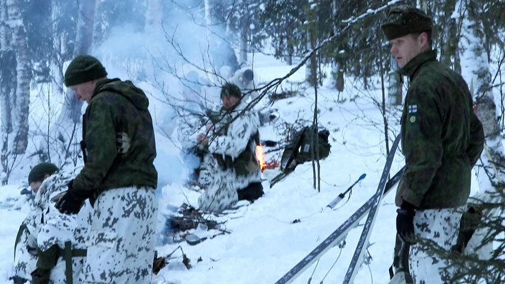 Finnish Jaeger Brigade teaching winter survival techniques to American and Swedish soldiers in Finnish Lapland 2017. Copyright: Puolustusvoimat.