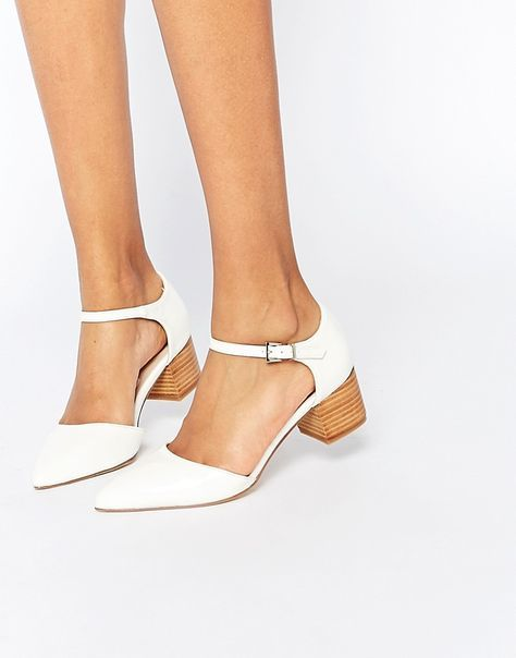 white pointy toed shoes