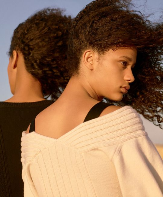 NYT T Magazine November 2016  Selena Forrest & Luisana Gonzalez by Karim Sadli