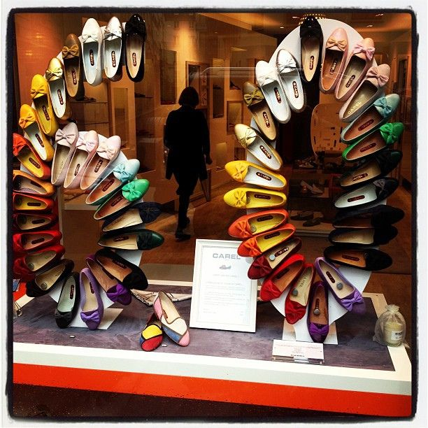 Great window display, shoe store in Paris celebrating its 60th anniversary