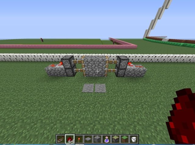 How to Make a Simple Redstone Door!