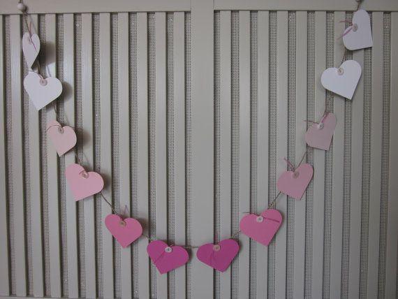 Ombre pink heart banner --- Papieren harten slinger in ombre roze gemaakt op natuurlijk touw --- Babykamer slinger, bruiloft slingers of feest decoratie