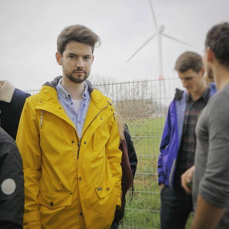 #tbt to @fhkielcool #cool6 last week  ____________ #meerstudenten #kiel #cuxhaven  #windrademoji #warumgibteskeinwindrademoji  #bremerhaven #fhkiel #offshore #windenergy #cleanenergy #windkraft #windenergie #strom #studylife #windrad #windmühle #friesennerz #gelbejacke #schmuddelwetter #schmuddelwedda