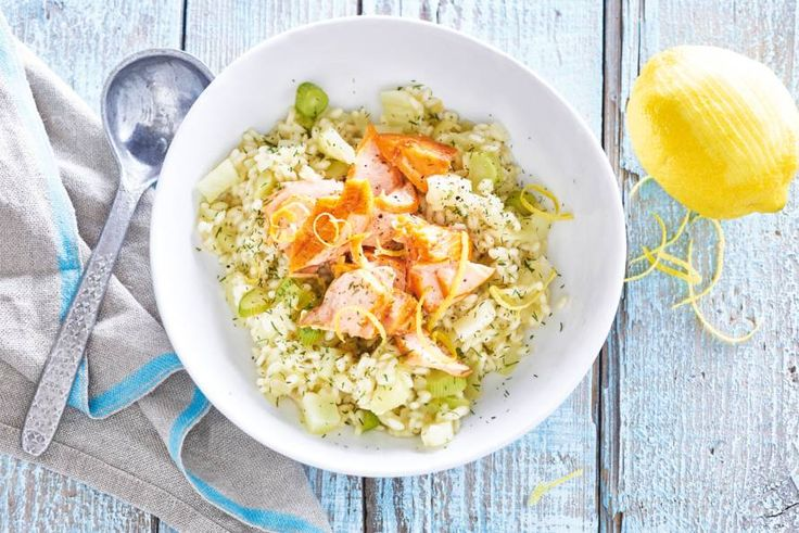 Met risotto kun je eindeloos variëren. Maar met venkel en zalm is deze risotto voor herhaling vatbaar - Recept - Allerhande