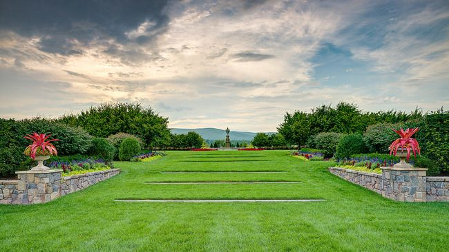 The Garden Conservancy saves and shares outstanding American gardens for the education and inspiration of the public.