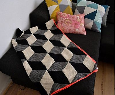 Recommended free patterns on Ravelry - Recomendables patrones gratis en Ravelry / Rombetæppet, de Pernille Schirmer Norup. http://www.ravelry.com/patterns/library/rombetppet