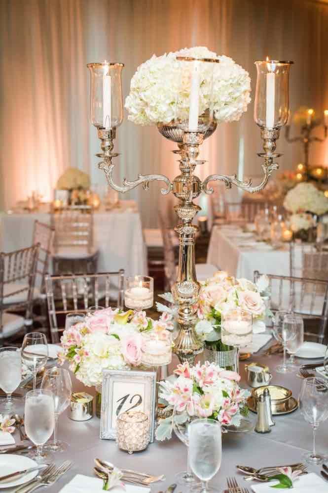 Wedding centerpiece idea; Featured photo: John Bello Photography; Coordinator: DreamGroup Productions