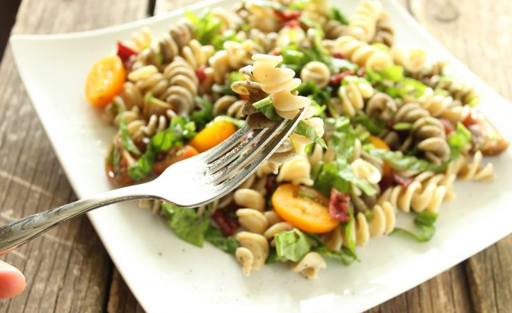 BLT pasta salad | Verity Nutrition Renee Altman RHN| Holistic nutritionist