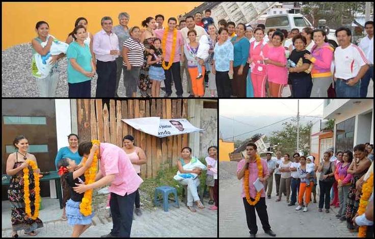 El diputado @ArcosCatalan se reunió con vecinos de la colonia tribuna nacional de Chilpancingo, donde entregó material para la construcción de una calle que beneficiará a cientos de habitantes en dicha colonia.
