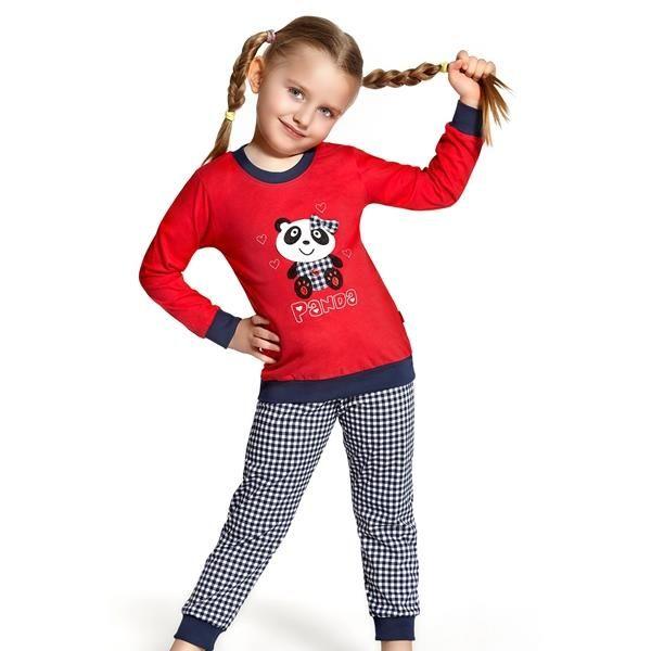 Bavlna pyžamá pre dievčatá poskytuje maximálny komfort pri nosení. T-shirt s rebrovaný putá a opasok zdobené zaujímavou potlačou. Dodáva sa v kockované nohavice s pohodlnou gumou, ktorá nie je utláčať bruško. Nohy sú zakončené širokým lemom. Materiál: 100% bavlna http://www.cosmopolitus.com/cornette-59455-panda-corpi59455-p-115185.html?language=sk&pID=115185 #dvojdielne #pyžamo #chlapec #dievča #pohodlné #bavlnené #oblečenie #naspanie #jeseň #zima