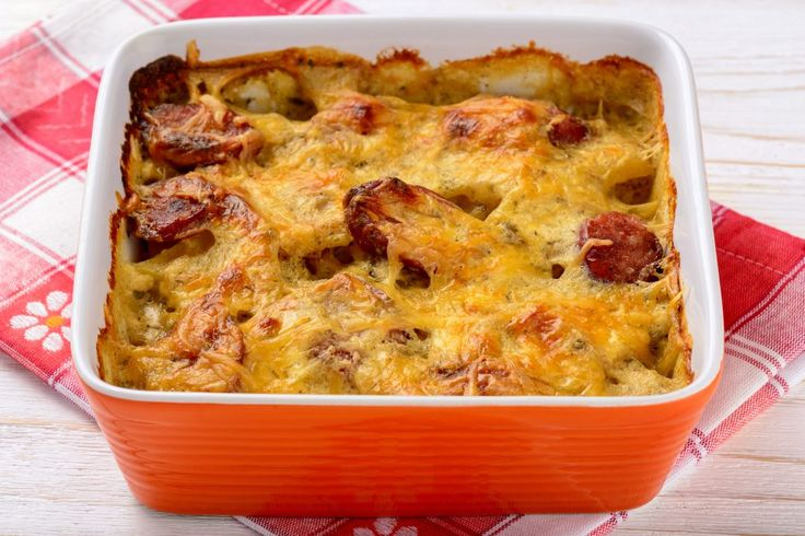 Caserolă cu cârnați și cartofi | Retete culinare - Romanesti si din Bucataria internationala