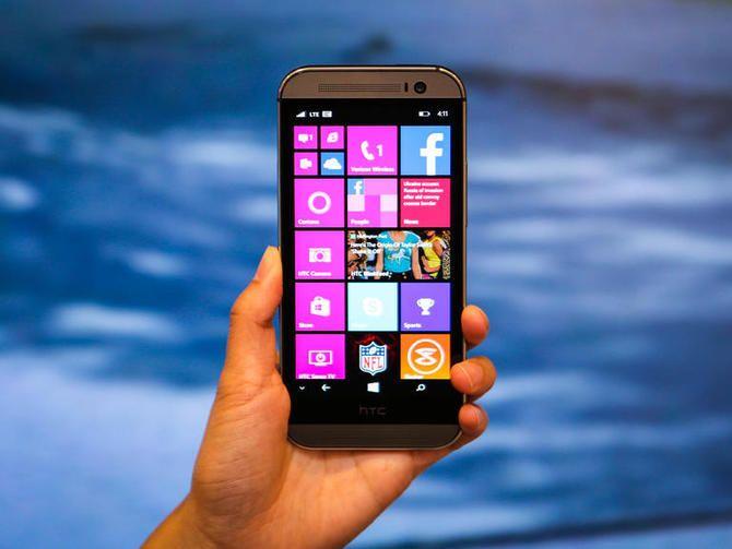 Windows Phone ha cobrado fuerza, gracias a una serie de excelentes nuevos teléfonos que lo convierten en una buena alternativa a Android e iPhone. Aquí te mostramos los mejores celulares Windows Phone, su precio y comparación.