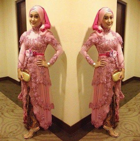 Tips Kreasi Hijab Saat Mengenakan Kebaya