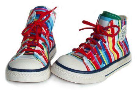 Κάθε πότε αλλάζει νουμερο στα παιδικά παπούτσια - http://paidikapapoutsia.gr/kathe-pote-allazi-noumero-sta-pedika-papoutsia/