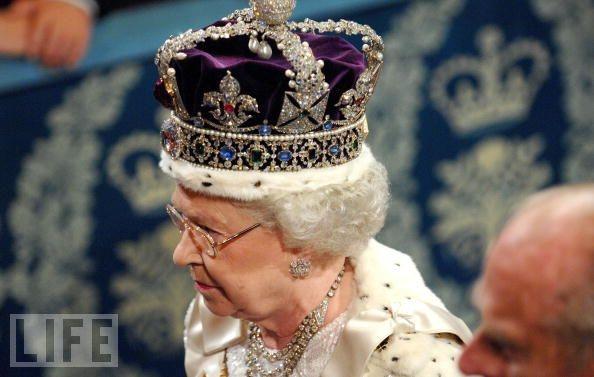 Queen Elizabeth II Royal Crown