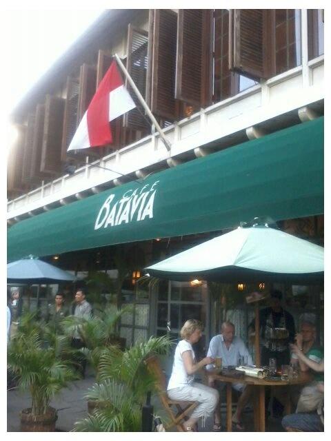 Cafe Batavia Kota Tua Jakarta Indonesia http://www.eblo.co.id