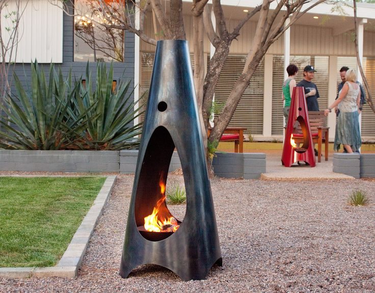 modfire: Modern Gardens, Fireplaces Design, Landscape Design, Outdoor Living Spaces, Mid Century, Outdoor Fire Pit, Outdoor Fireplaces, Backyard Spaces, Outdoor Spaces