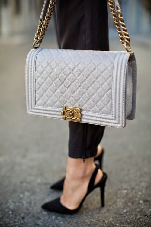 There is nothing I want more at this very moment than this beautiful Chanel bag. *drool*