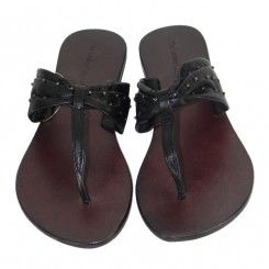 The leather collection black studded leather flip flop leather sole