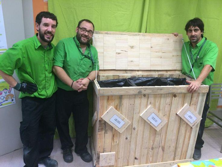 Ideas con vida palets reconvertidos en cubo de basura de for Cubos de basura leroy merlin