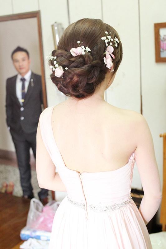 wedding hair designs   Floral Braided halo wedding hairstyle