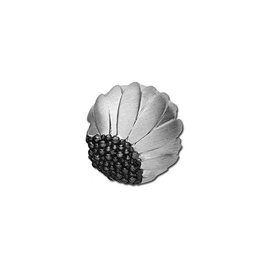 'Daisy' silver pod