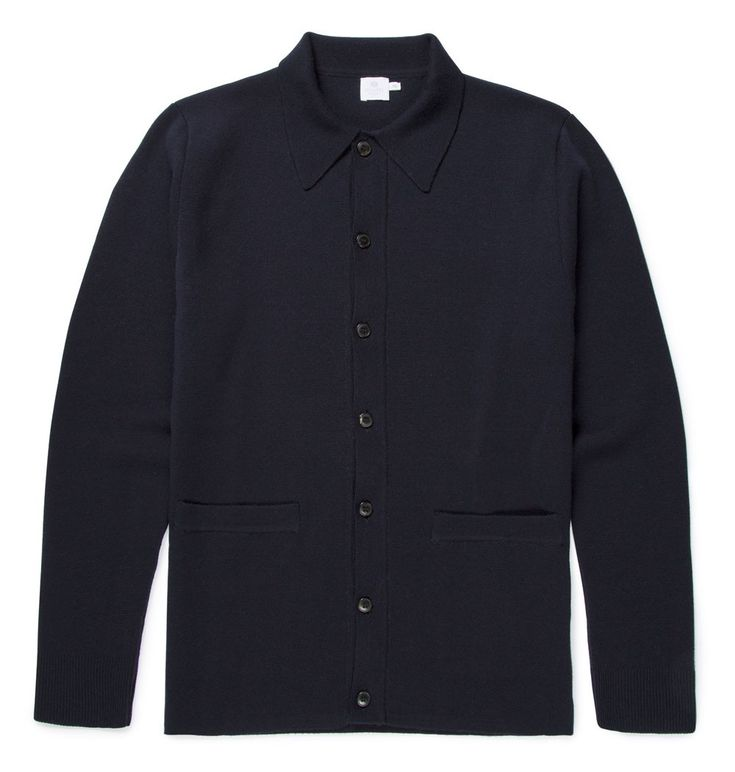 The Merino Wool Milano Jacket has been crafted using luxury yarns sourced from Italy. It has been knitted using the compact Milano stitch, perfect for creating a clean, structured silhouette. Ideal as a transitional wardrobe piece, the Milano Jacket of