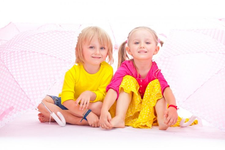 Here are some great ways to name your twins - and a few what-not-to-dos, too!