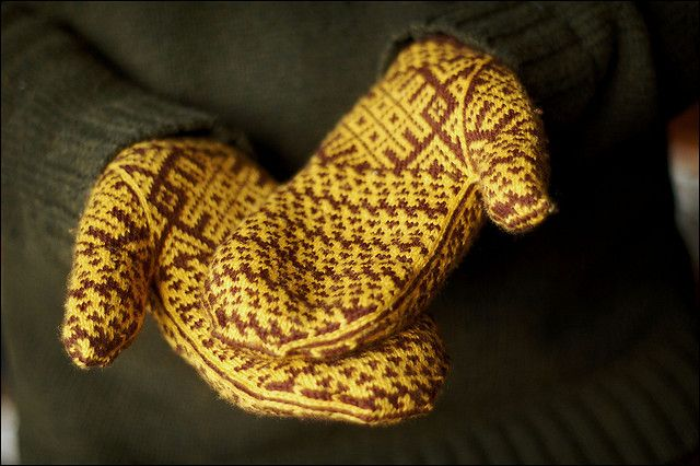 Komi Mittens by brooklyntweed - Example from Knitting Marvelous Mittens: Ethic Designs from Russia