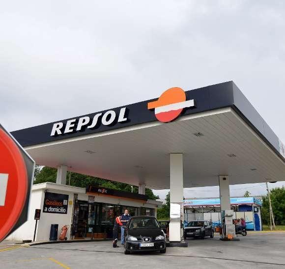 Intentan atracar una gasolinera de Ponte Caldelas utilizando el método del butrón