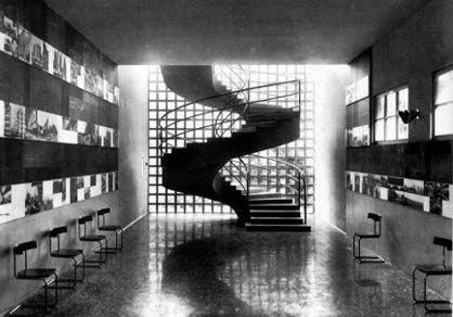 Giuseppe Pagano, interno del padiglione aggiunto della Triennale di Milano del 1936