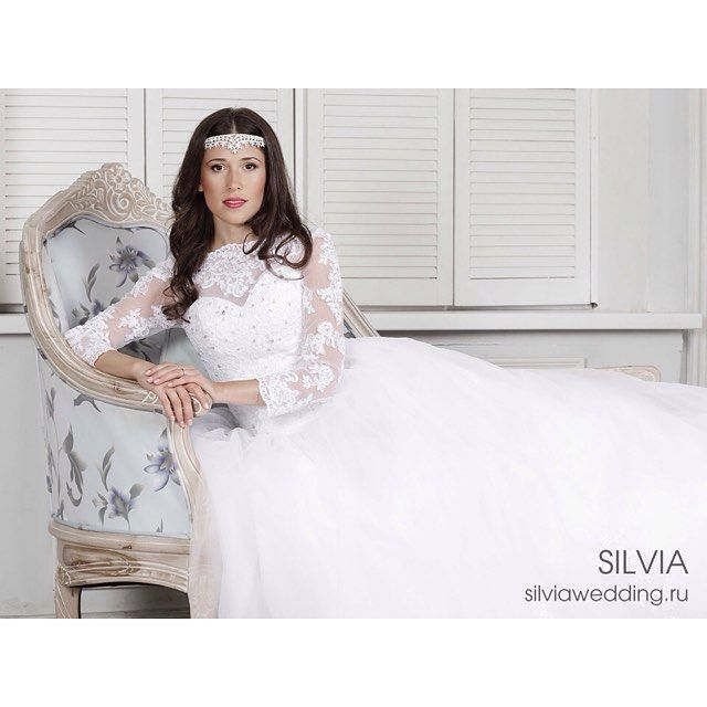 """Роскошное свадебное платье """"Диана"""" с фатиновой юбкой и длинными кружевными рукавами by silviaweddingspb"""