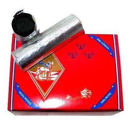 Three Kings Kohle 33mm Wasserpfeifen Shisha Kohle Packung unter http://www.relaxshop-kk.de/wasserpfeifen-shisha-kohle/selbstzuendende-shisha-kohlen.html kaufen.
