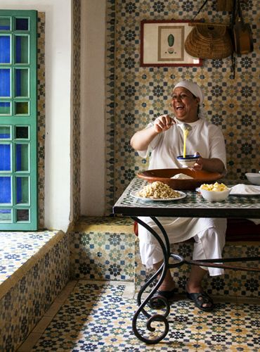 Fouzia is one of the talented cooks at Riad Kaiss in Marakech. She's fun and she is the queen of cornes de gazelle sweet pastries