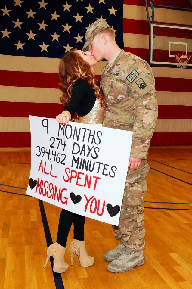 Welcome home soldier! So sweet!!!!!!! I'm a sucker for this stuff