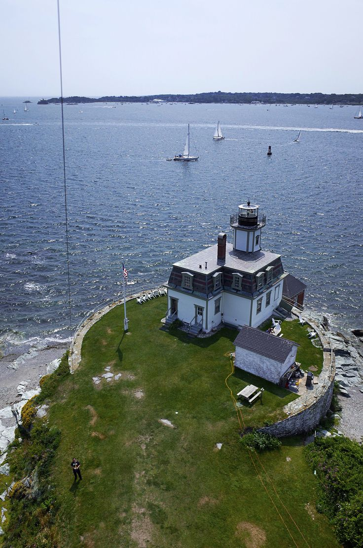 https://flic.kr/p/w5EGPr | Rose Island Lighthouse...Rhode Island