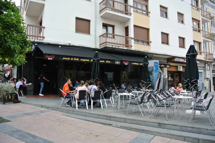 Terraza del Teatrillo de Pravia (Asturias)