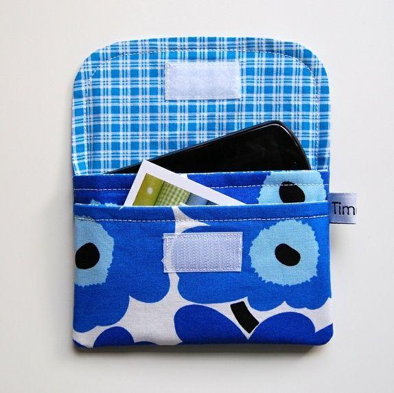 Lommebok med plass til mobil eller pass