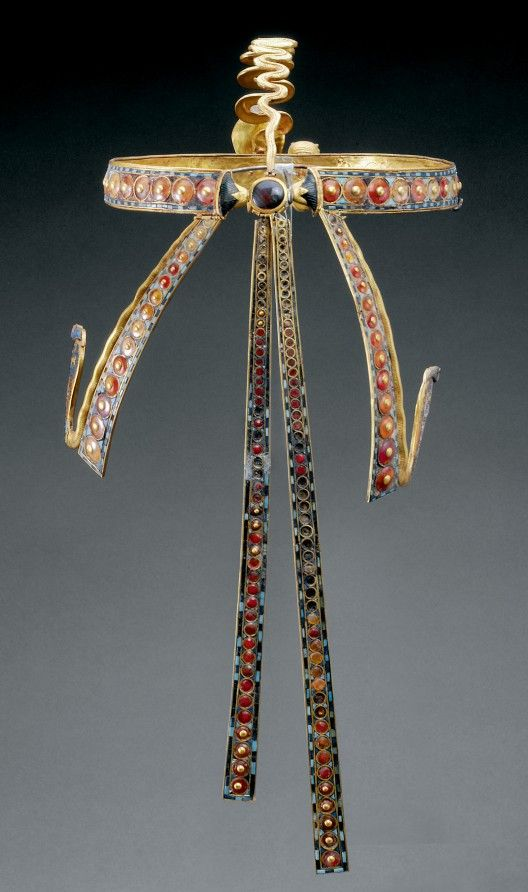 Diadem of Tutankhamun - Inlaid Diadem with Vulture and Cobra - Gold, glass, obsidian, carnelian, malachite, chalcedony, lapis lazuli Dynasty 18, reign of Tutankhamun (1332–1323 B.C.) Thebes, Valley of the Kings, tomb of Tutankhamun