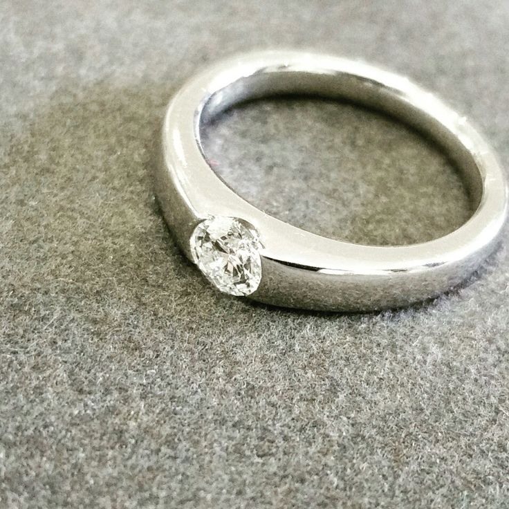 Africn - Diamonds - Platinum   Beautiful Africn bespoke ring has a 0.41ct diamond set in Platinum.  #africn #handcrafted #africndiamonds #diamonds