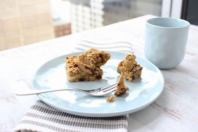 Spiced Apple and Raisin Oatmeal Bake - The Fit Foodie