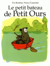 CPRPS 31997000900464 Le petit bateau de Petit Ours. Un petit ours qui adore faire le tour du lac dans sa chaloupe est très attaché à son embarcation. Mais ayant grandi et étant devenu trop lourd, la barque, un jour, chavire sous lui et l'animal doit se rendre à l'évidence: il doit lui trouver un nouveau propriétaire... et s'en construire une à sa taille.  [SDM]