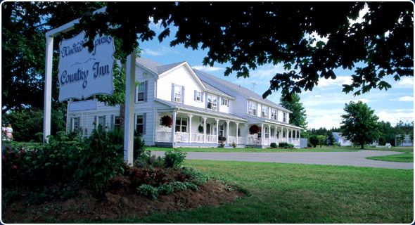 Kindred Spirits, Cavendish, Prince Edward Island, Canada - This family owned and operated country house has both bedrooms in the house and cottages available.