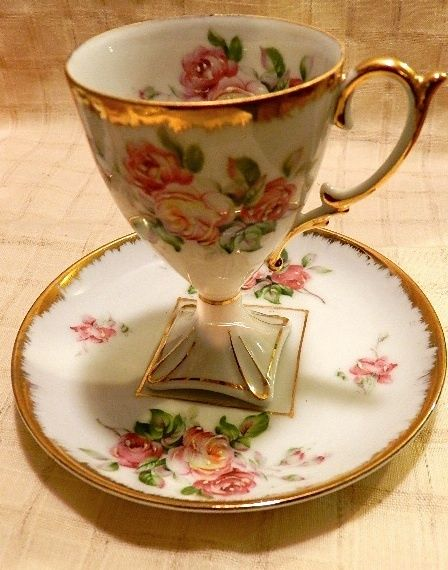 Unique Footed Demi Tea cup and Saucer HK Japan