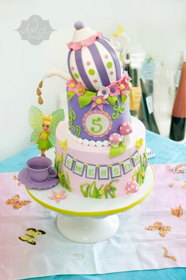 Tinkerbell cake by Dolce Dough