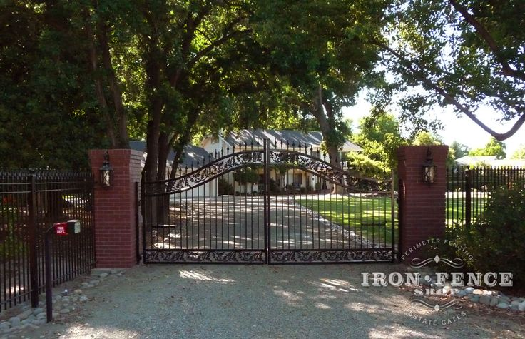 17 Best Images About Estate & Driveway Gates On Pinterest
