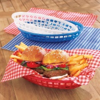plastic burger baskets {red, blue, yellow, white, $1.16} and gingham waxed paper liners in red, blue or yellow {five bucks for set of 24}  at Sur La Table