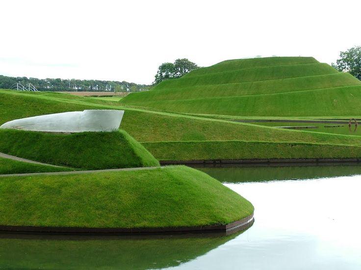 Panoramio - Photo of Life mounds II, Charles Jencks