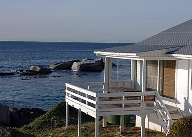 South Winds Oceanfront Bungalow, Simonstown | Cape Peninsula & Surrounds self catering weekend getaway accommodation, Western Cape | Budget-Getaways South Africa