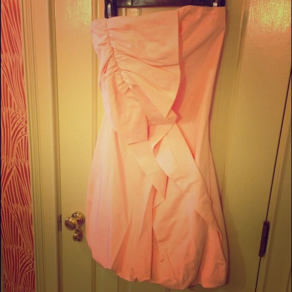 Shoshanna Light Pink Cocktail Dress Size 0 Never worn but no longer have tags, bought from the Neiman Marcus Outlet Shoshanna Dresses